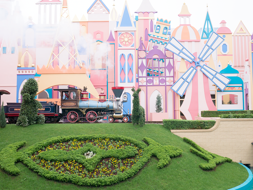 small-world-disneyland