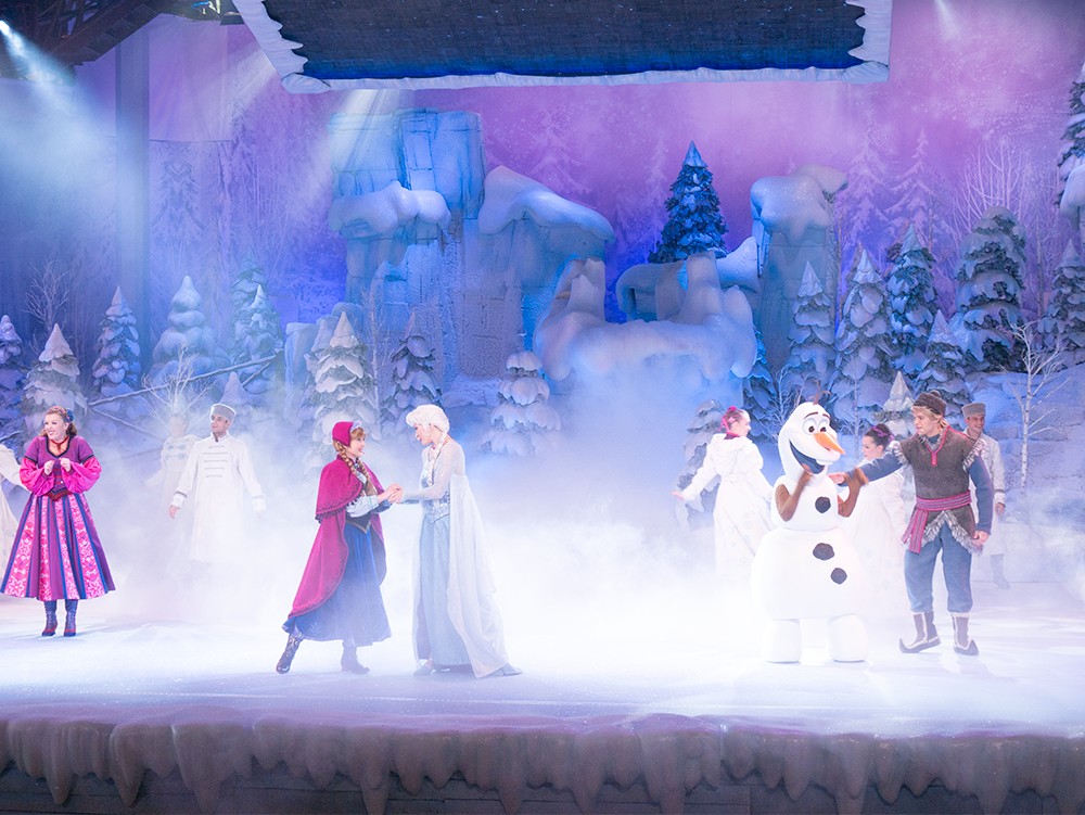 spectacle-disneyland-paris-reine-des-neiges